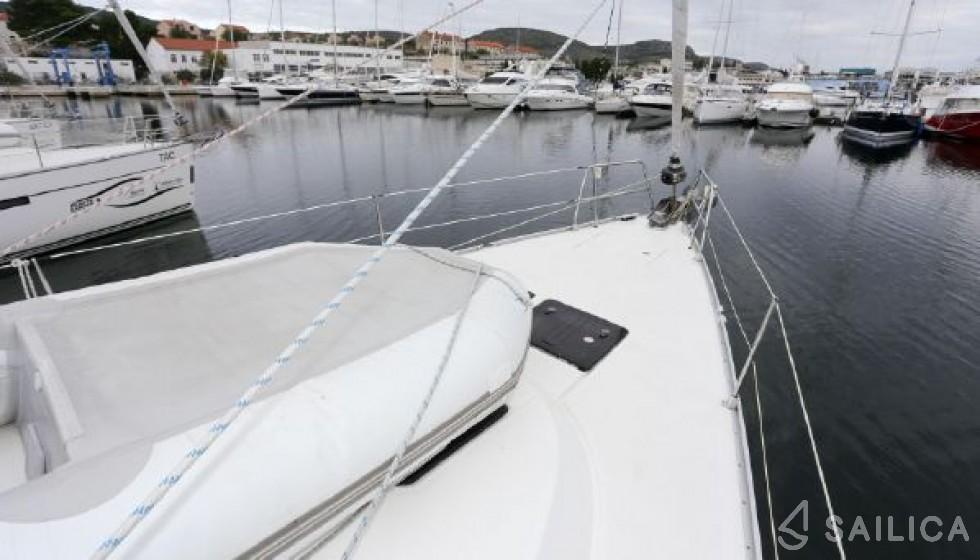 Rent Bavaria Cruiser 46 in Italy - Sailica