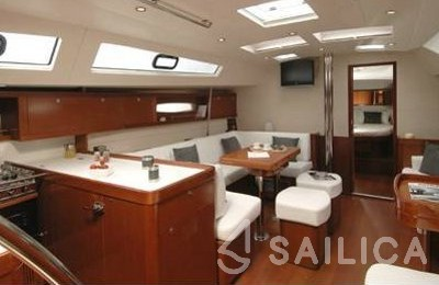 Oceanis 50 Family - Yacht Charter Sailica