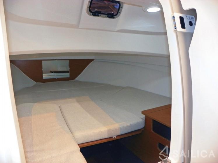 Cap Camarat 6.5 WA - Sailica Yacht Booking System #8
