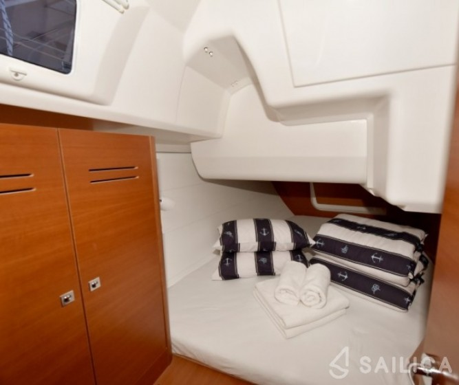 Dufour 350 Grand Large - Yacht Charter Sailica