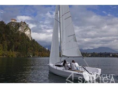 Elan E1 - Yacht Charter Sailica