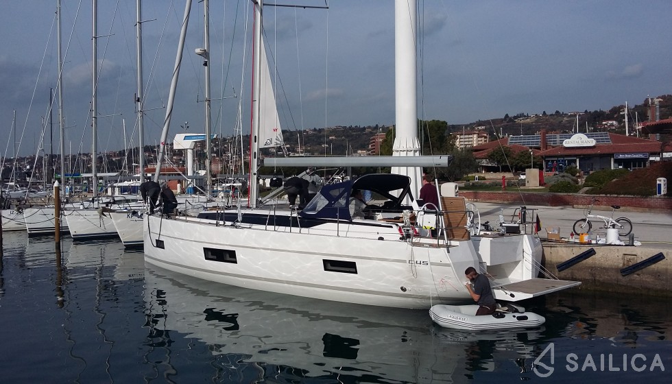 Rent Bavaria NEW C45 by Cossutti in Italy - Sailica
