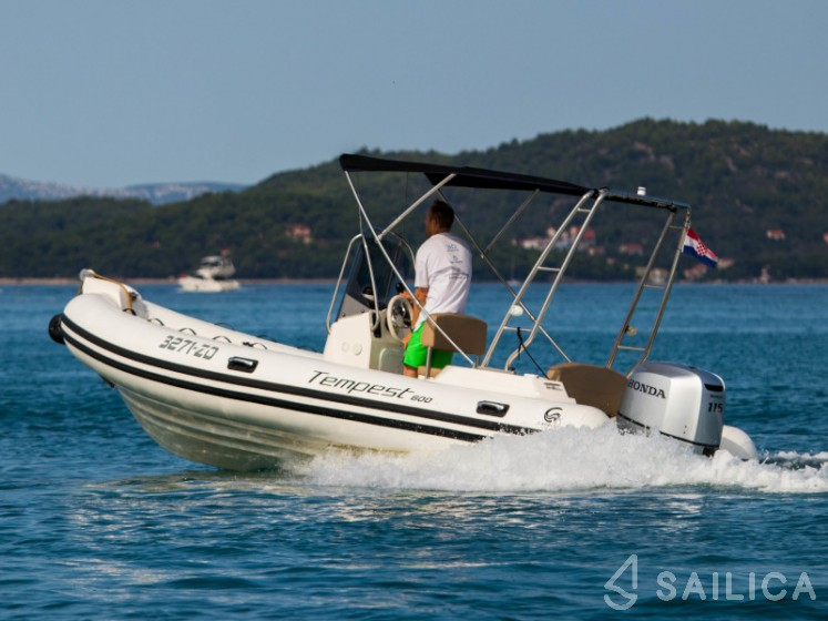 Capelli TE 600 - Sailica Yacht Booking System #10