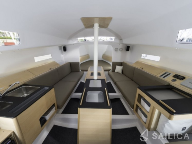 Pogo 30 - Yacht Charter Sailica