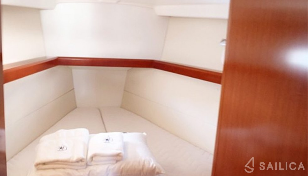 Oceanis 43-4 - Sailica Yacht Booking System #6