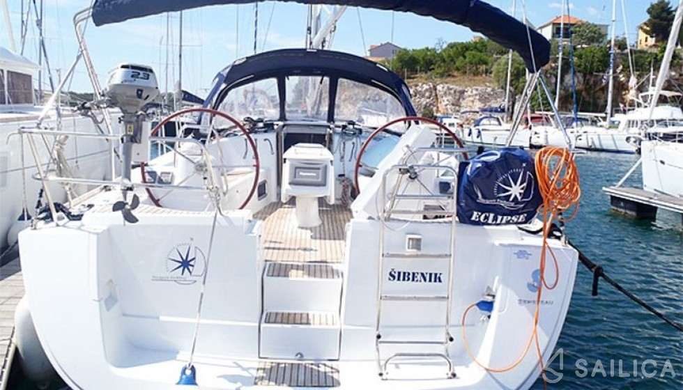 Oceanis 43-4 - Чартер яхт Sailica