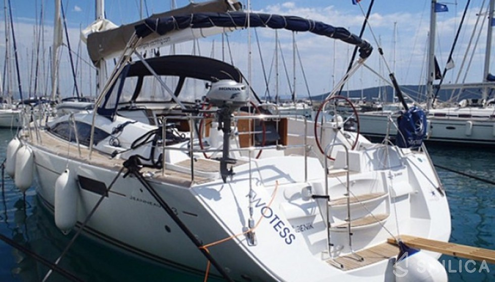 Rent Jeanneau 53 in Croatia - Sailica