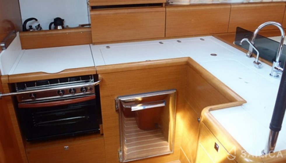 Jeanneau 53 - Sailica Yacht Booking System #4