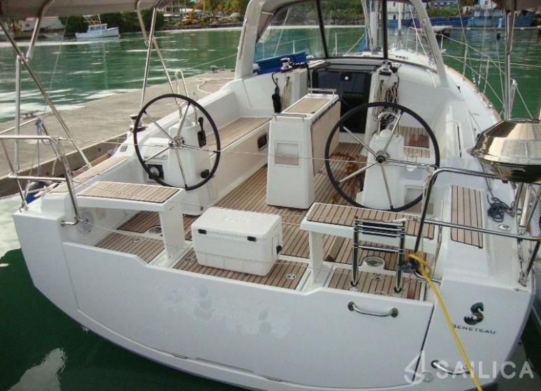 Oceanis 38 - Sailica Yacht Booking System #5