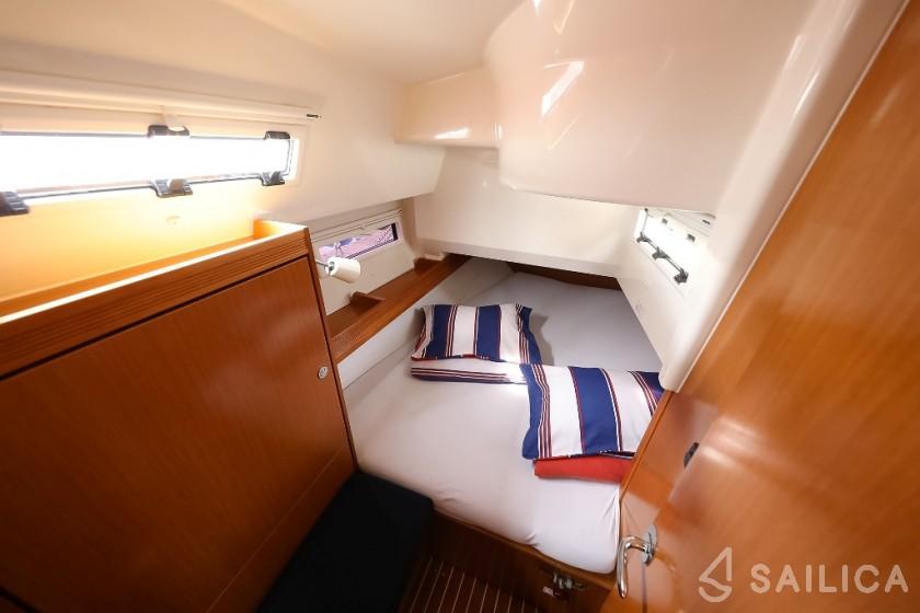 Bavaria Cruiser 36 - Yacht Charter Sailica