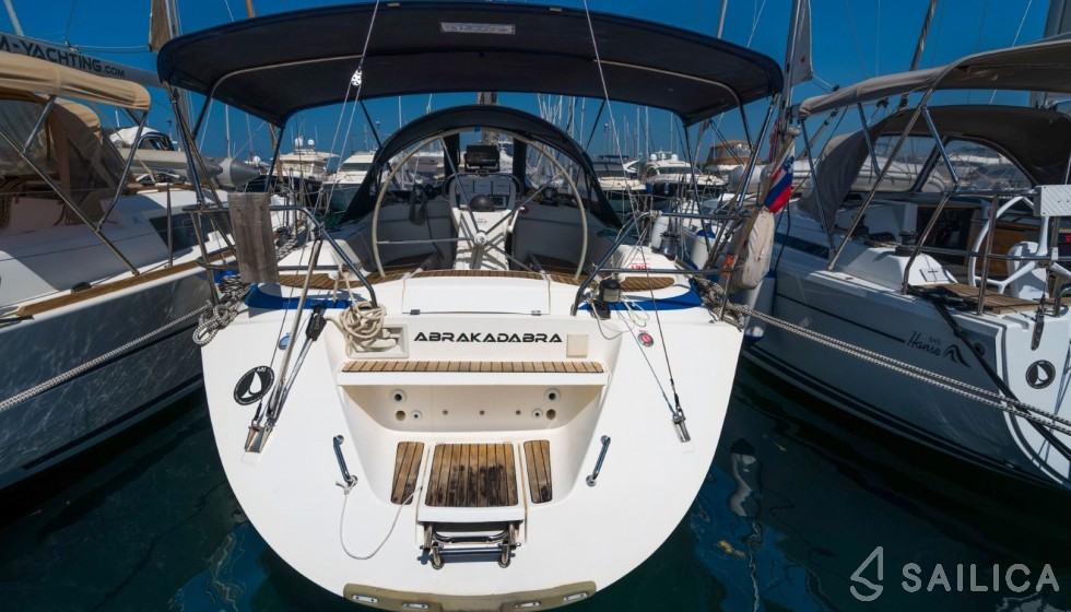 Bavaria 41 Exclusive - Yacht Charter Sailica