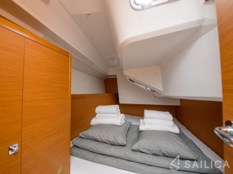 Sun Odyssey 349 - Yacht Charter Sailica
