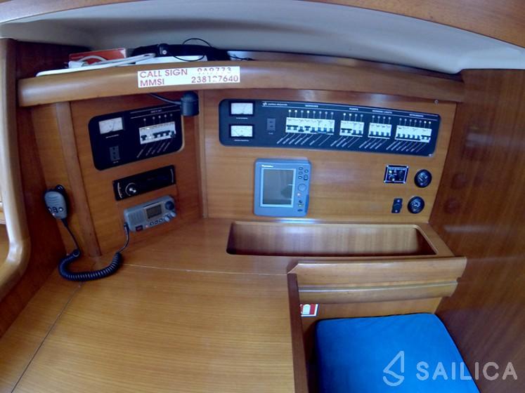 Grand Soleil 46.3 - Yacht Charter Sailica
