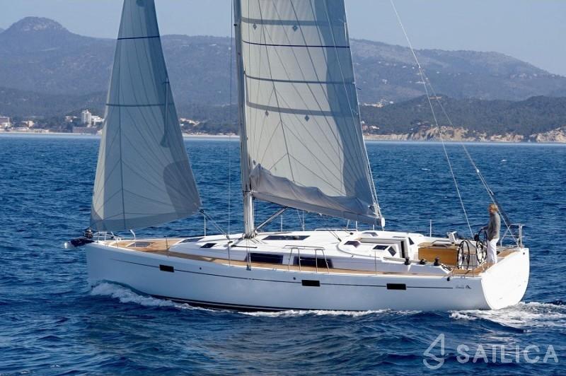 Hanse 415 - Yacht Charter Sailica