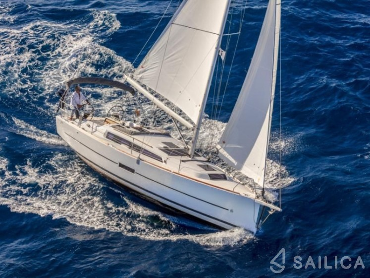 Dufour 360 Grand Large - Yacht Charter Sailica