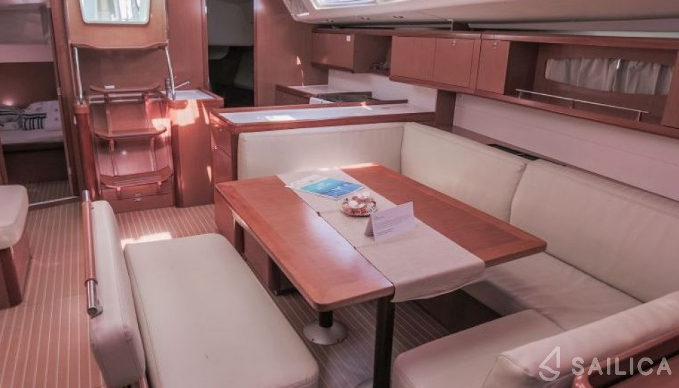 Oceanis 54 - Sailica Yacht Booking System #6
