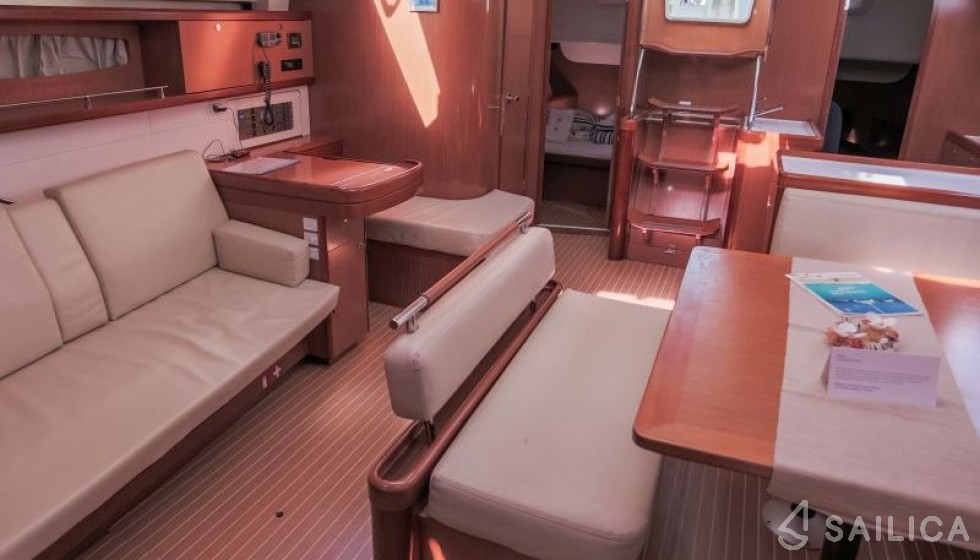 Oceanis 54 - Sailica Yacht Booking System #5
