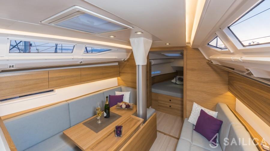 Salona 38 - Yacht Charter Sailica