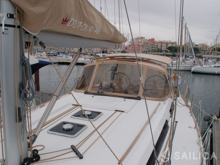 Dufour 445 Grand Large - Yacht Charter Sailica