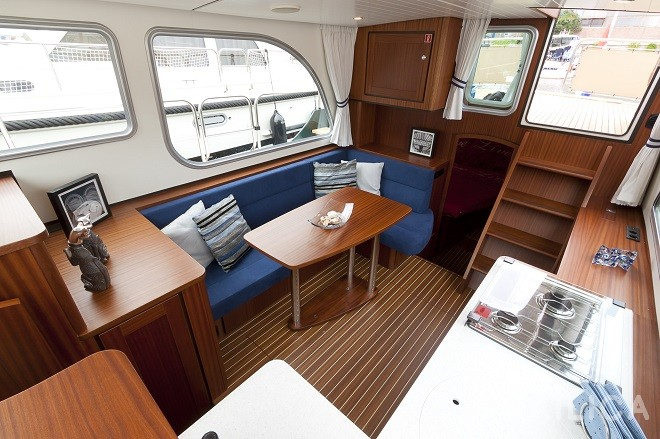Linssen Classic Sturdy 32 AC - Yacht Charter Sailica
