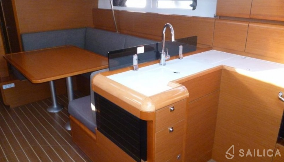 Sun Odyssey 439 in Marina Baotic - Sailica