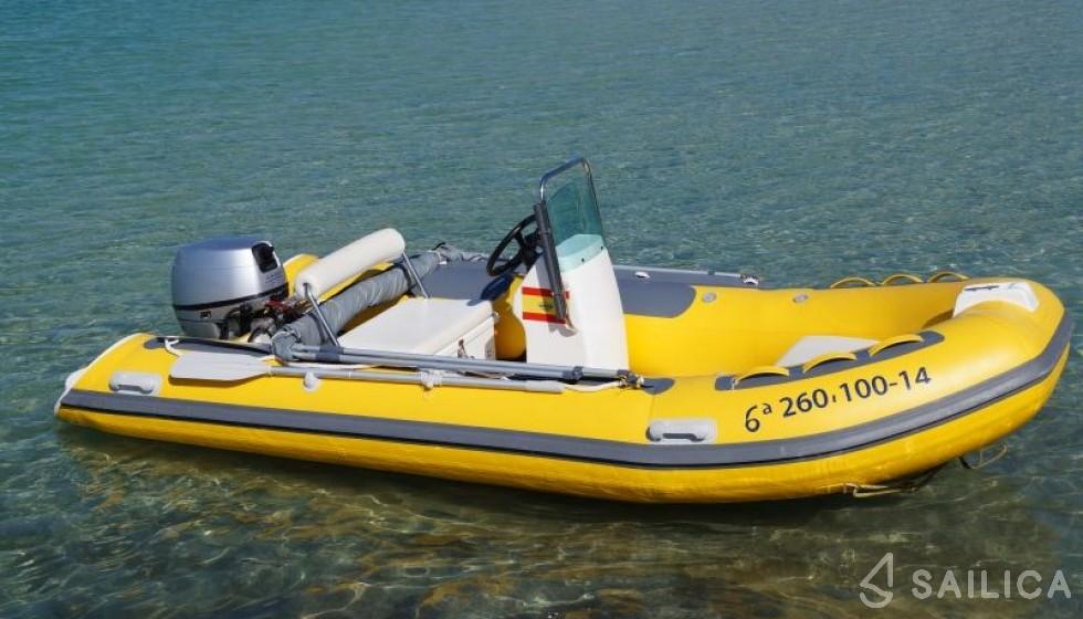 Golden Fin 2014 - Yacht Charter Sailica