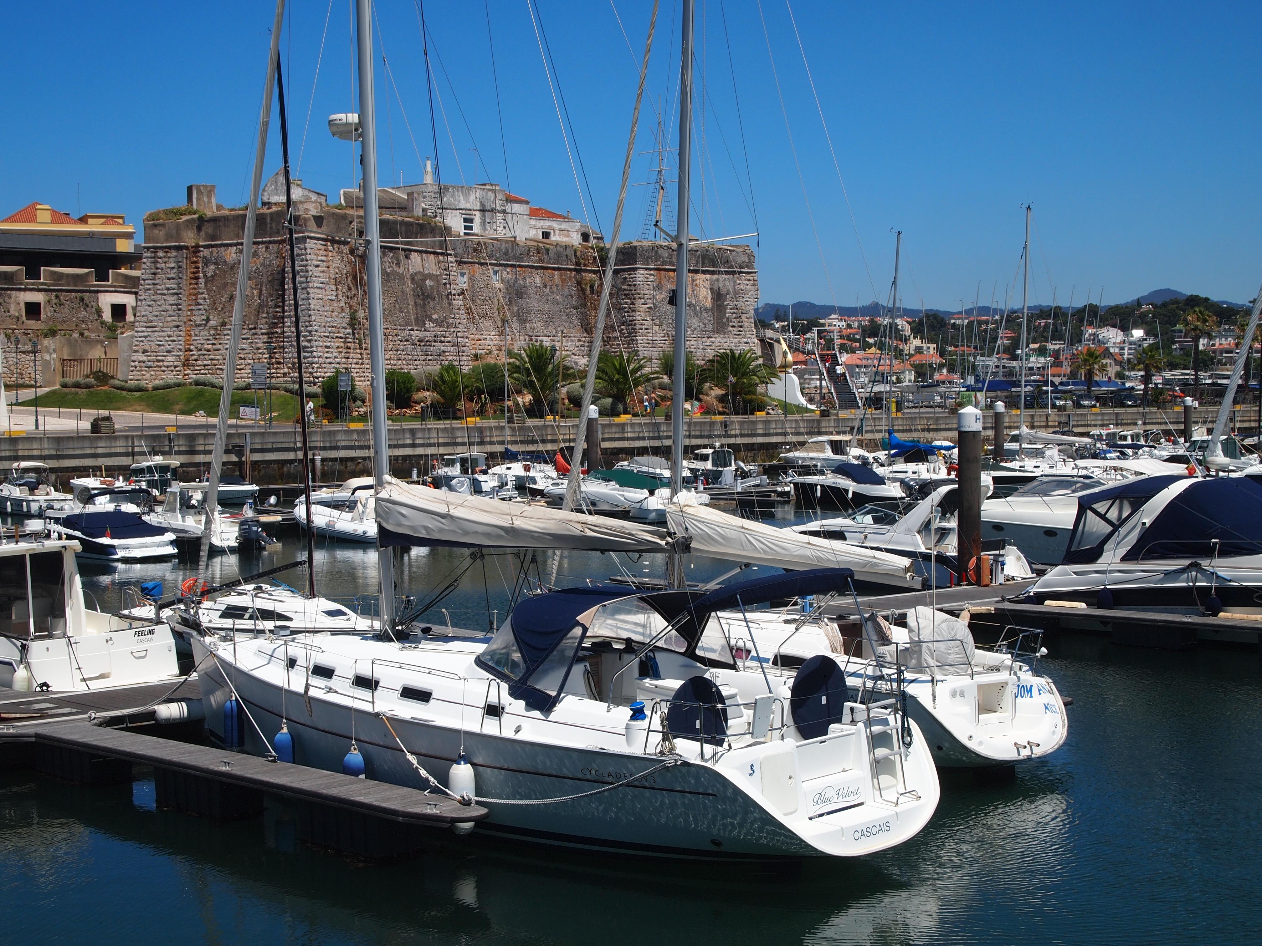 Marina de Cascais - Yacht Charter Sailica
