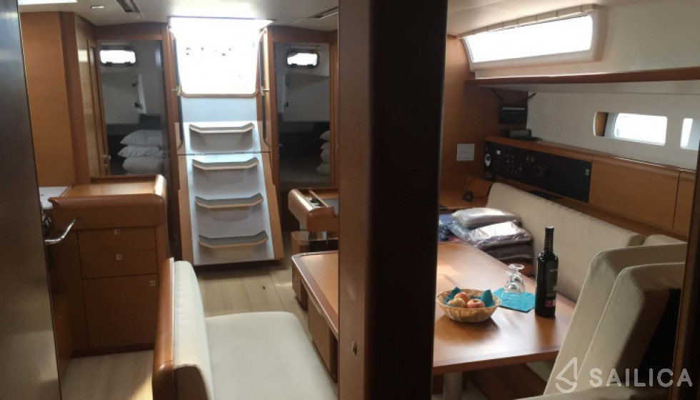 Jeanneau 519 - Sailica Yacht Booking System #6