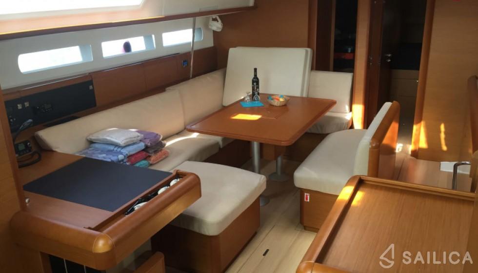 Jeanneau 519 - Sailica Yacht Booking System #7