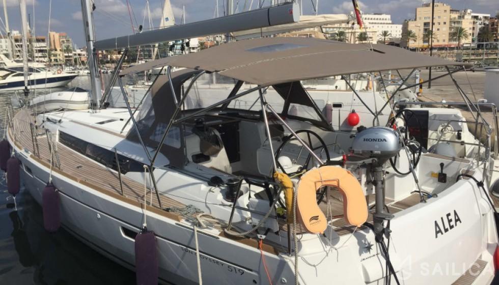 Jeanneau 519 - Sailica Yacht Booking System #4