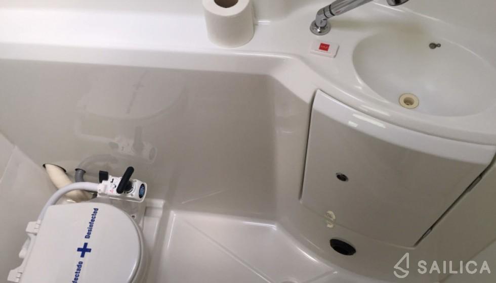 Lagoon 380 - Sailica Yacht Booking System #17
