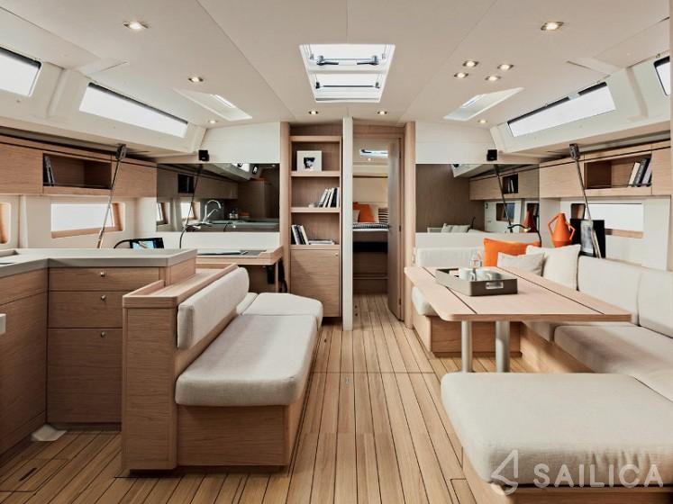 Oceanis 51.1 - Yacht Charter Sailica