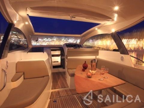 Leader 10 - Yacht Charter Sailica