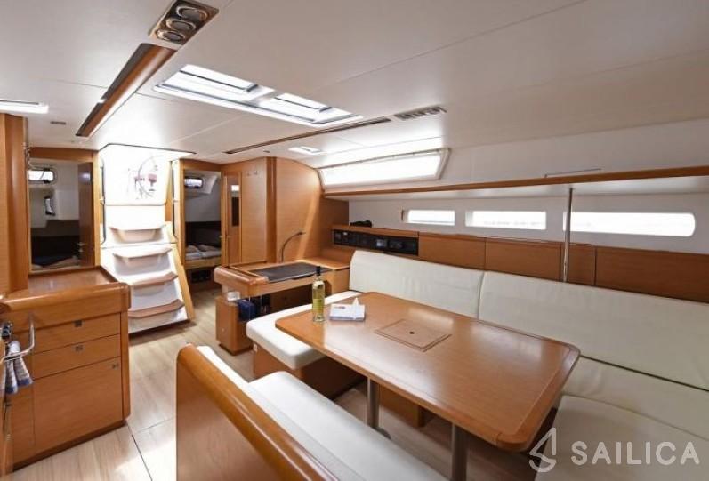 Sun Odyssey 509 - Yacht Charter Sailica