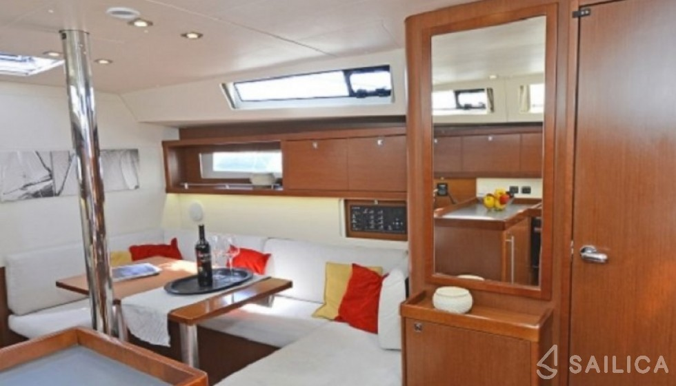 Oceanis 41.1 - Sailica Yacht Booking System #4