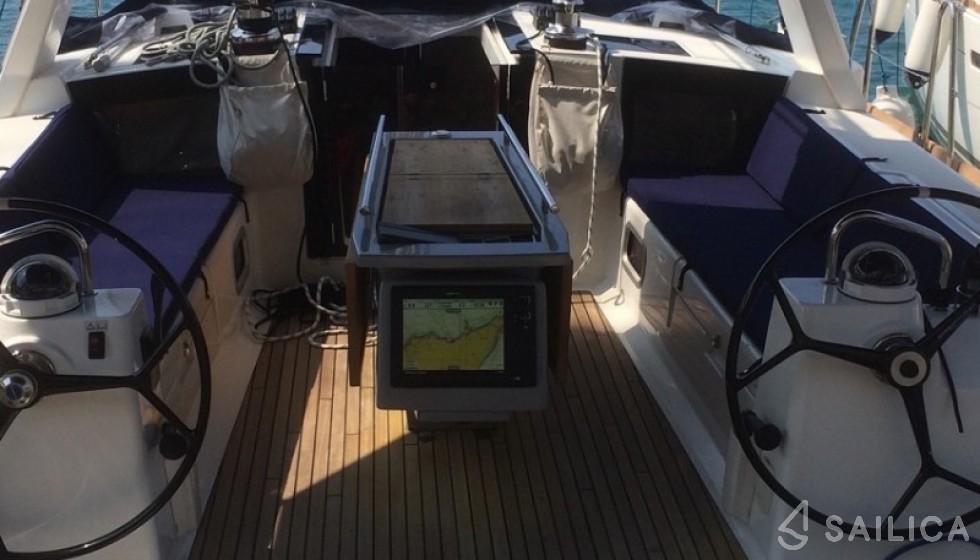 Rent Oceanis 41.1 in Italy - Sailica