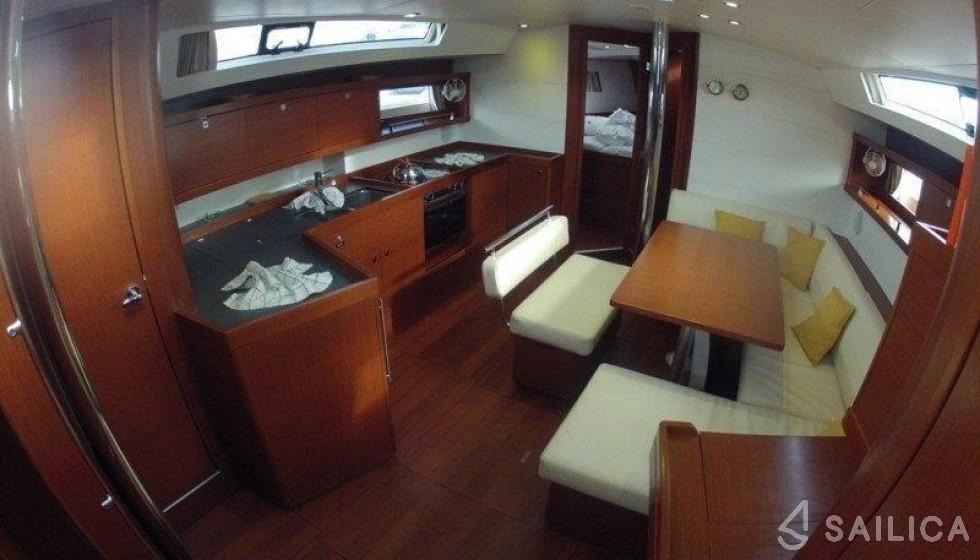 Oceanis 45 - Система Бронирования Яхт Sailica #4