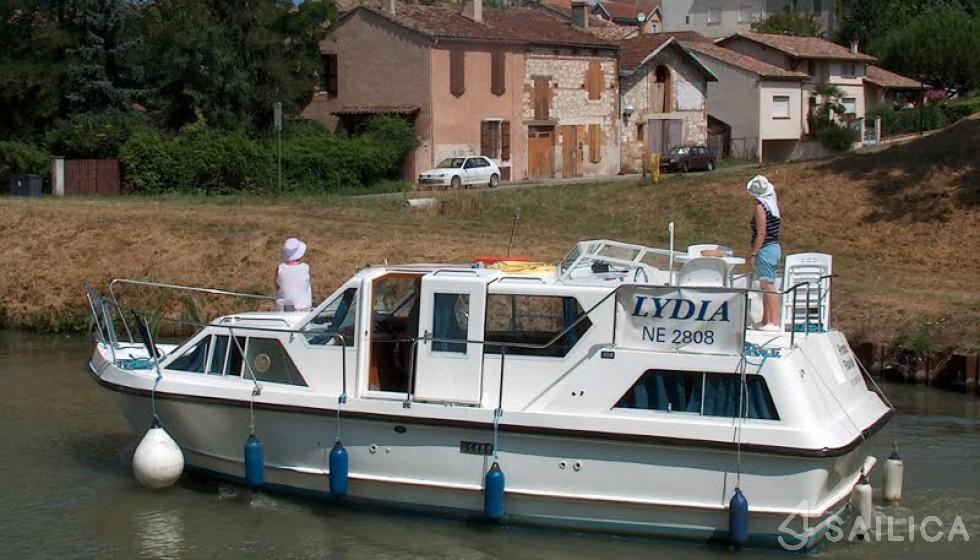 Viking 1000 - Yacht Charter Sailica