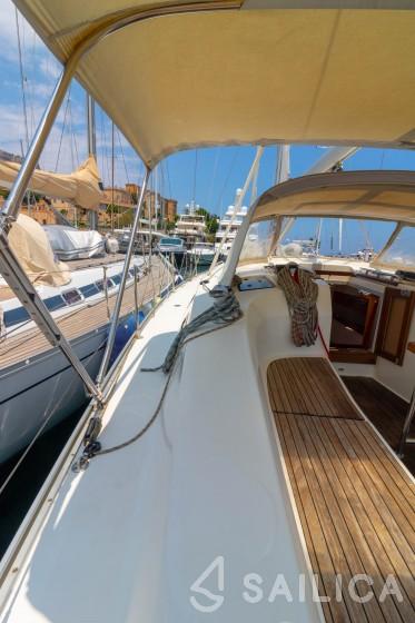 Bavaria 40 Cruiser - Yacht Charter Sailica