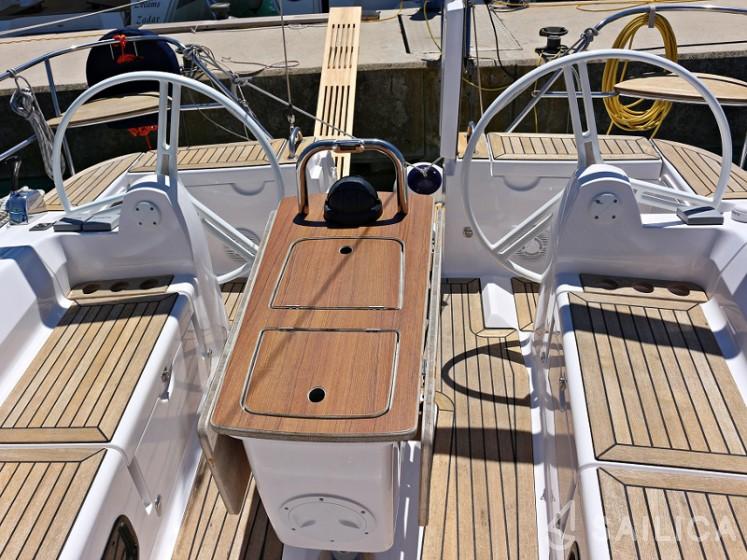 Elan 444 Impression - Yacht Charter Sailica