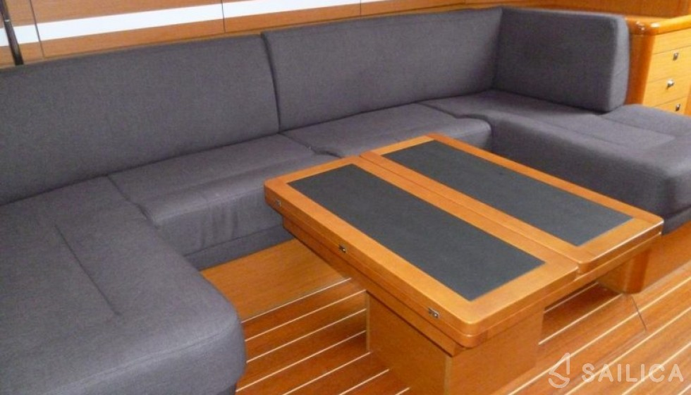 Jeanneau 53 - Система Бронирования Яхт Sailica #4