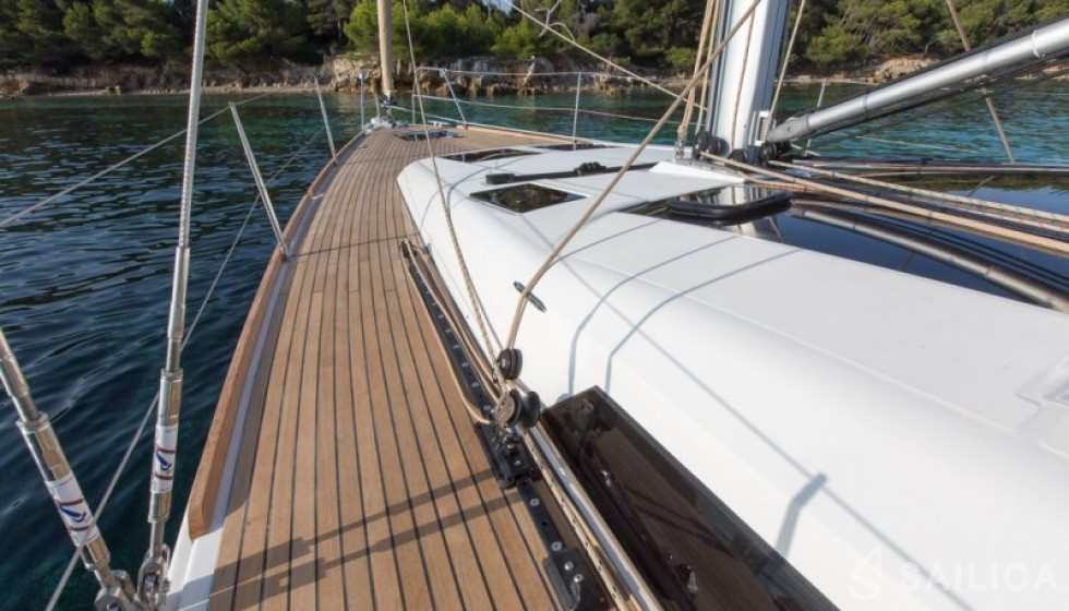 Dufour 460 in Yacht Haven Marina - Sailica