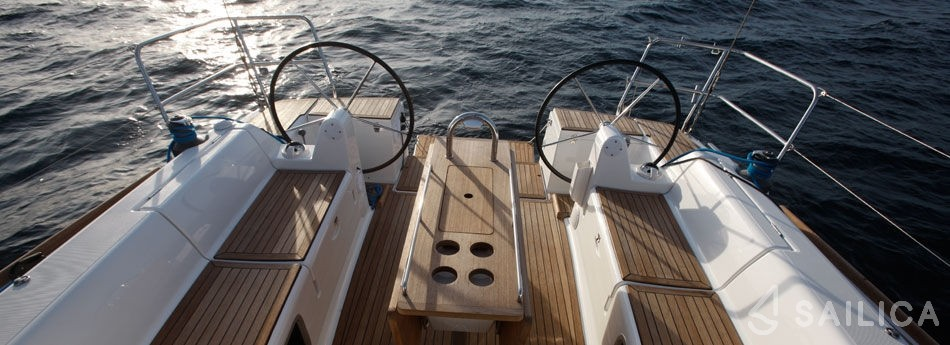 Dufour 405 - Yacht Charter Sailica