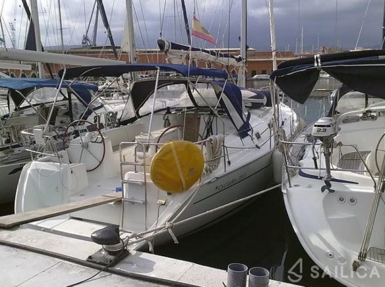 Cyclades 39 - Yacht Charter Sailica