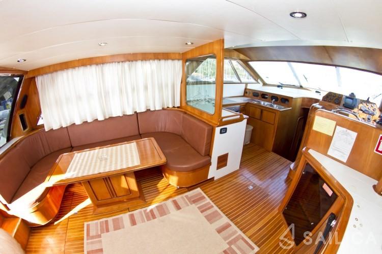 Yaretti 1910 - Yacht Charter Sailica