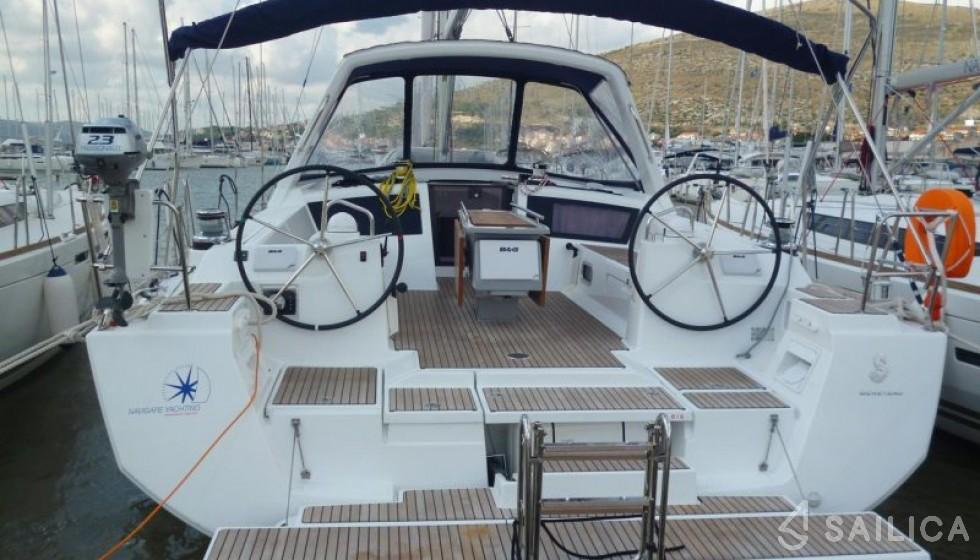 Oceanis 48-4 - Yacht Charter Sailica