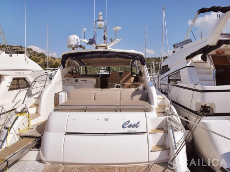 Princess V 58 - Yacht Charter Sailica