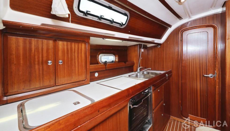 Bavaria 36 Holiday - Yacht Charter Sailica