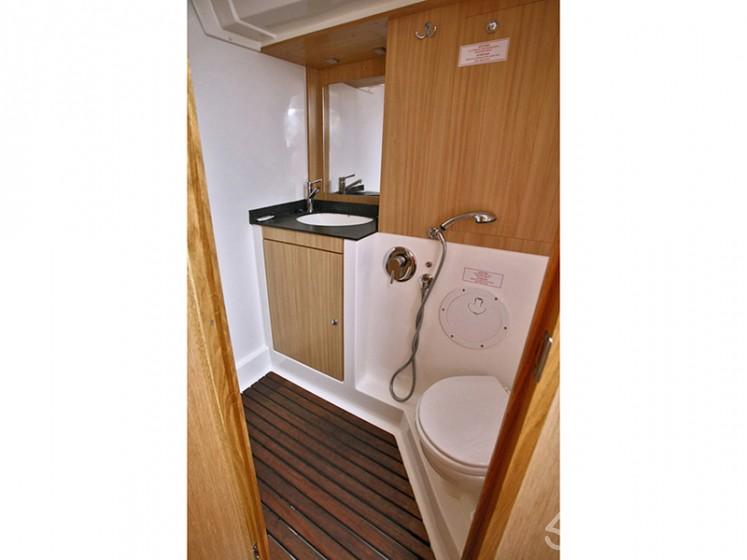 Bavaria 55 Cruiser - Yacht Charter Sailica