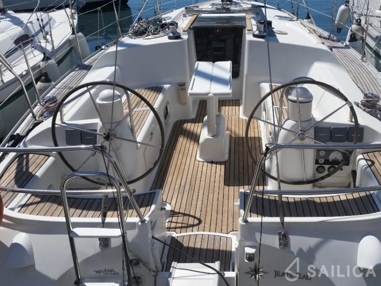 Bavaria 50 Cruiser in Port Aiguadolc - Sailica